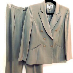 Kasper A.S. L. Petite Women's Suit, SZ 4P Like New